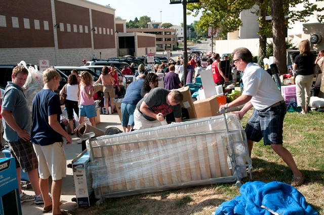 Move In 2012: Best tweets, Facebook posts and photos