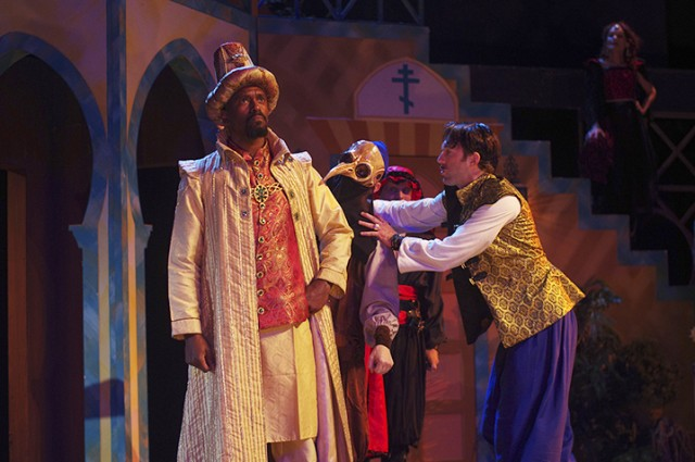 Q-and-A: Alum actor Lindsay Smiling headlines Illinois Shakespeare Festival