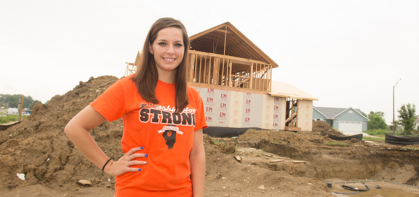 Year after tornado, Washington student thankful for scholarship