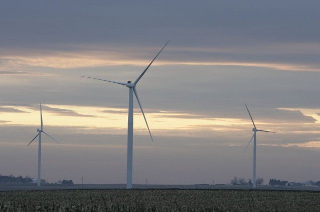 Wind energy to add billions to Illinois economy. [But how much is subtracted?] – Illinois State University News