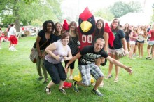 ISU students pose with Reggie