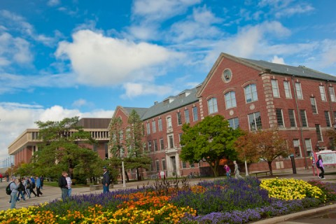 Illinois State University named great place to work article thumbnail