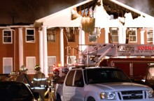 Students escape fire that destroys fraternity house