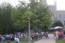 Picture of concert on the quad