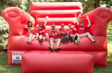 WZND on the big red couch