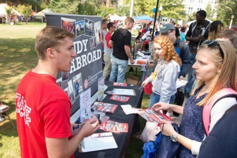 Video: Students discover campus life at Festival ISU 2015 article thumbnail