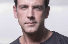 image of Carlos Ponce