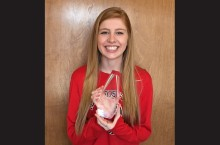 Nursing Student Received Athletic Award