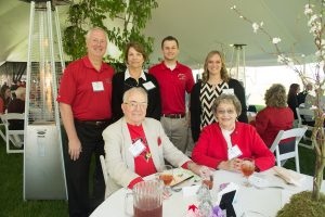 Graduating seniors connect with 1857 Society donors at event article thumbnail