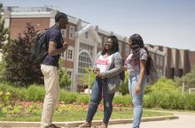 Transfer students mingle on Quad