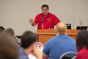 President Larry Dietz speaks at the first Transfer Student Career Conference. transfer students