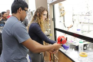 Video, photo gallery from Illinois Summer Research Academy article thumbnail