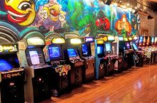 Row of arcade games