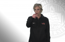 Jane Lynch points to camera