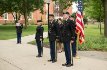 image fo Students from the 2016 ROTC commissioning at Illinois State University