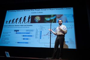 Scholars compete, share research at 3 Minute Thesis event article thumbnail