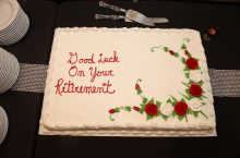 image of a retirement cake