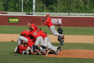 Redbird Baseball celebrates after winning the regular season MVC Championship in 2013.