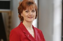 Dr. Debbie Lindberg joins the College Dean's Office as the new Interim Associate Dean for Accreditation and Operations