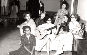 Black and white photo, group of women