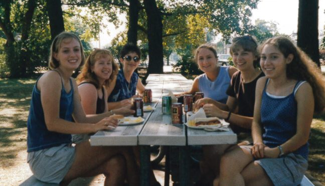 Students attend the Honors Picnic