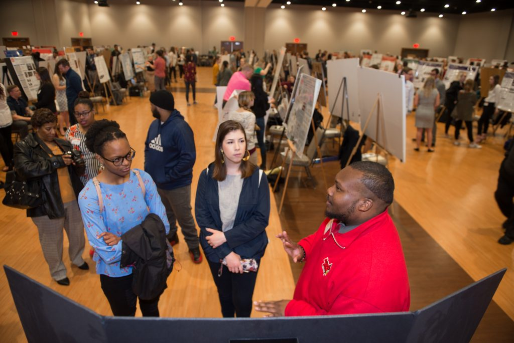 More than 400 undergraduate and graduate students presents at Illinois State's Research Symposium.