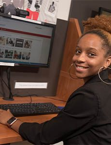 Redbirds utilize the Career Center's many online career tools.