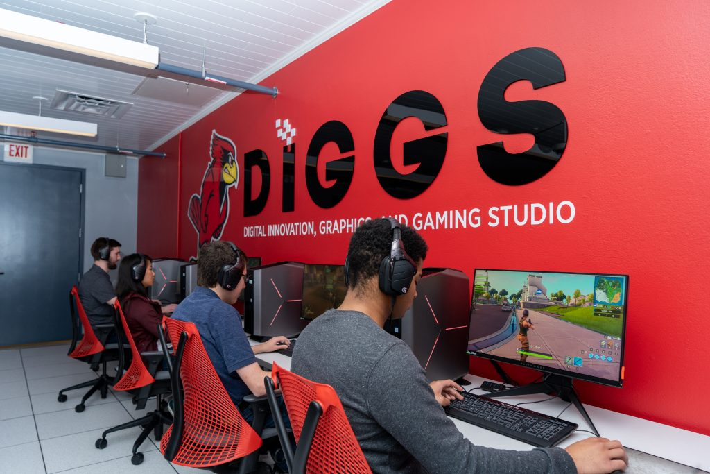 Illinois State University students playing video games together.