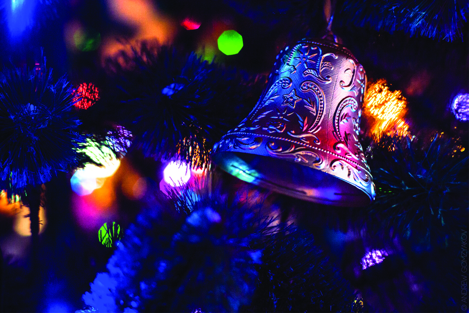 bell in Christmas tree